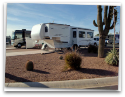 Motorhome vs Fifth Wheel